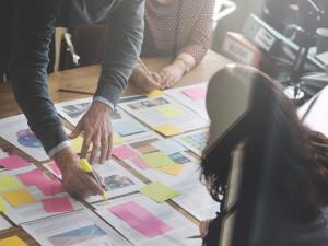マーケティング職の転職では、企業の何を見るべきか?