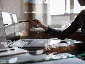 SIGNATE、オンラインAI研修のリサーチ3部門でNo1獲得を発表(2020/10/15)〜データ分析もオンラインで学習できる時代〜