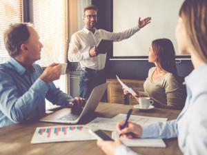 営業職へ転職する際の志望動機の作り方を解説(例文あり)