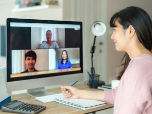 HRMOS、Zoomとの公式連携開始を発表(2021/1/18)〜進むオンライン採用〜